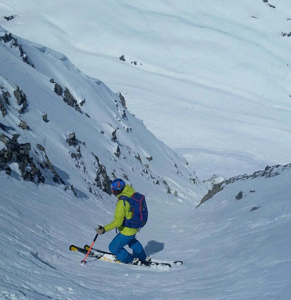 couloir-skiing
