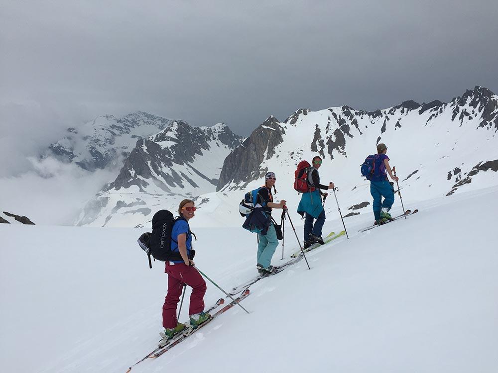 womens-ski-touring